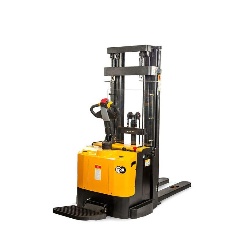Samohybný elektrický stohovač s plošinou 1,5t 4,5m ES15T4/4500